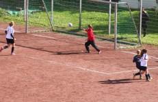Heimaterde-Damen gewinnen das Derby gegen Dümpten
