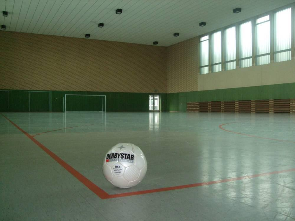Ball_in_Halle